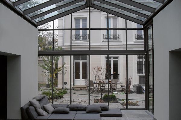 CalorGlass® : le vitrage chauffant conçu par Riou Glass est capable de se substituer à tous les autres modes de chauffage existants ©Riou Glass