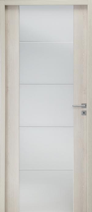 Bandama blanc craie extérieur, vitrage dépoli 8 mm et quatre rainures transparentes ©Gimm Menuiseries