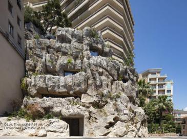 Dans un rocher à Monaco se cache une villa écolo luxueuse