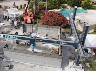 Cobod imprime le 1er bâtiment en 3D en Floride