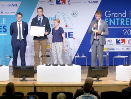 ARMOR remporte le premier prix V.I.E Entreprises 2021 dans la catégorie ETI