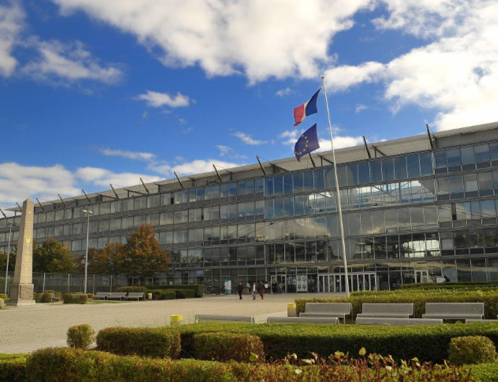 Le réseau Storistes de France améliore le confort thermique de l'École des Ponts et Chaussées (77) e
