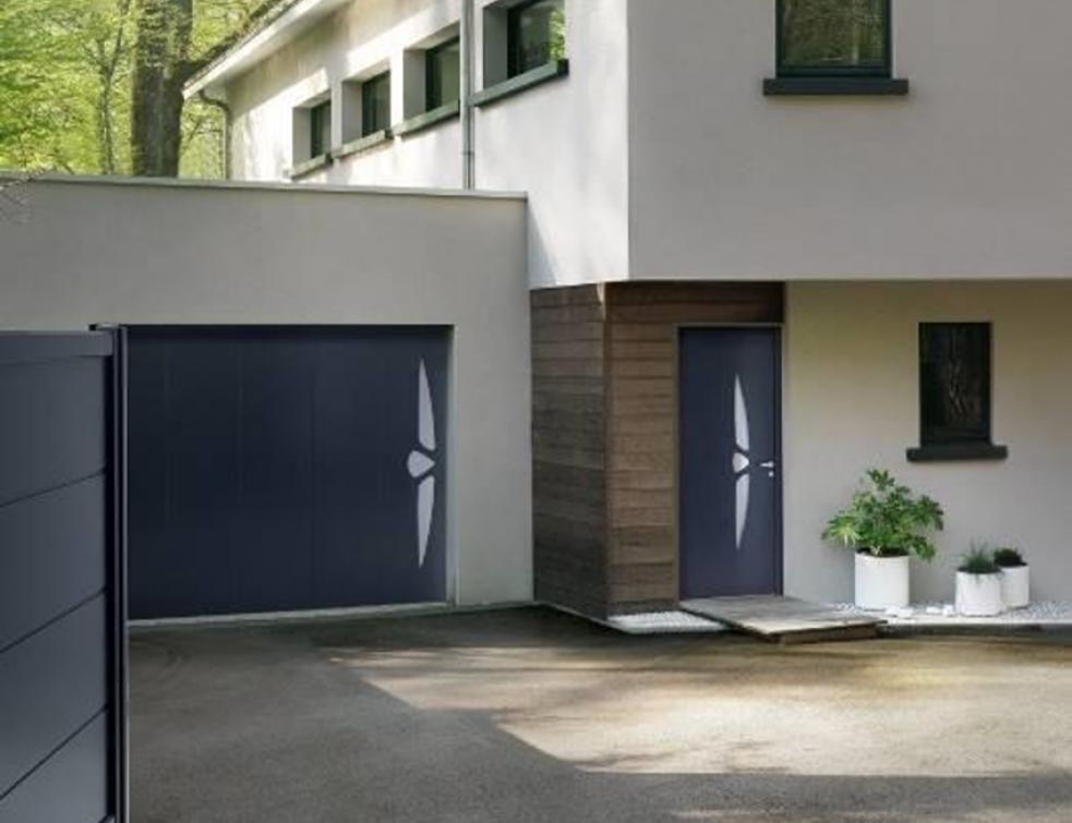 Choisir une porte de garage Solabaie