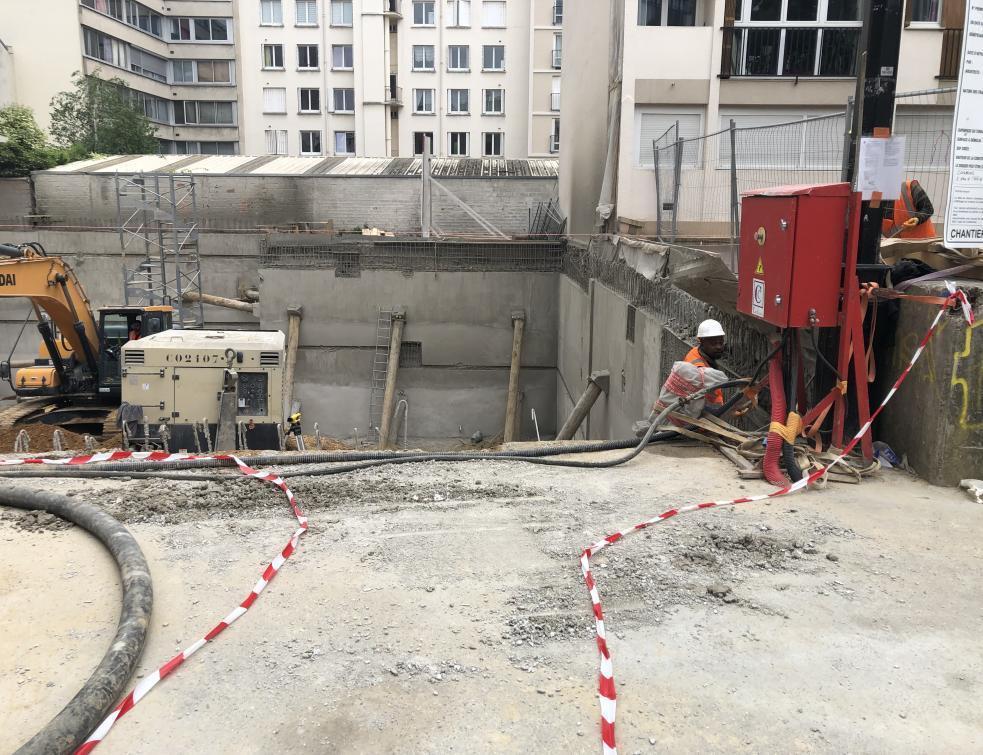 Mises en chantier et permis de construire continuent à baisser