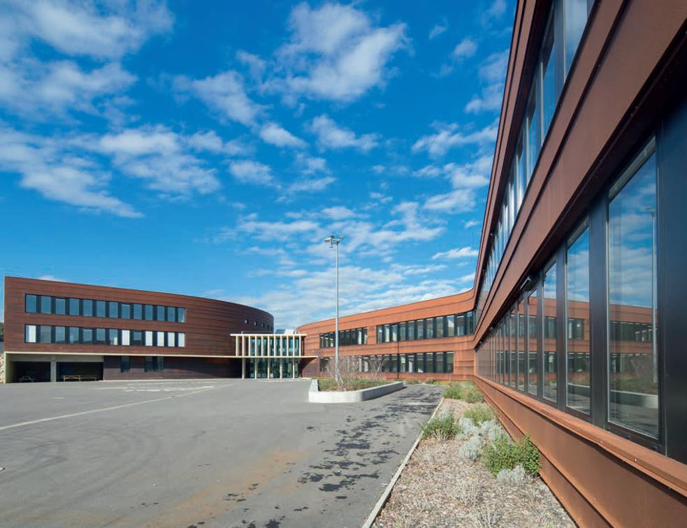 La fenêtre respirante Kalory'R de Kawneer pour des établissements scolaires