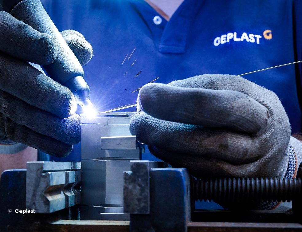 Le sur-mesure devient : Geplast Engineering