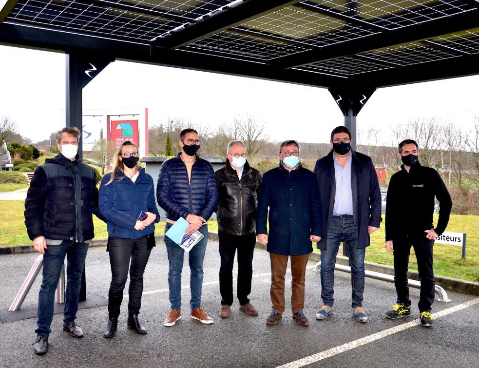 Solcar System : un carport photovoltaïque conçu par Sepalumic