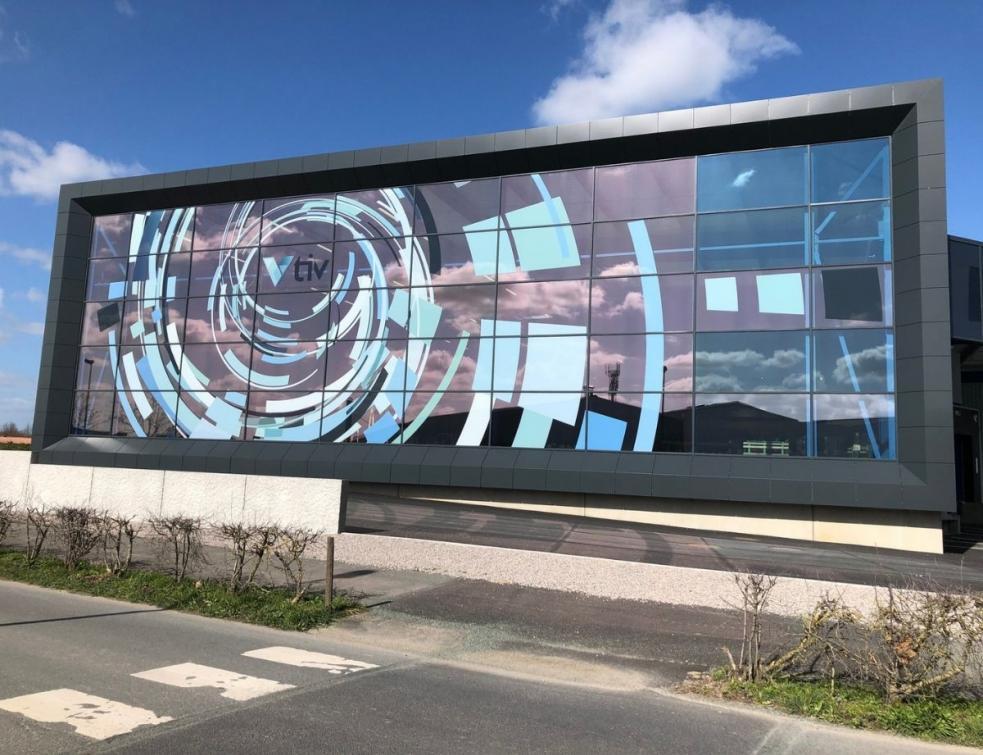 Le groupe TIV mise sur les plus hautes technologies pour développer les atouts du verre feuilleté