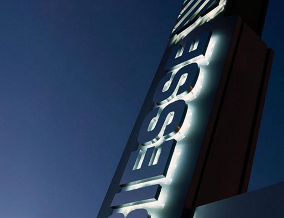 Le groupe Biesse signe l'acquisition de Forvet Costruzione Macchine Speciali S.p.A